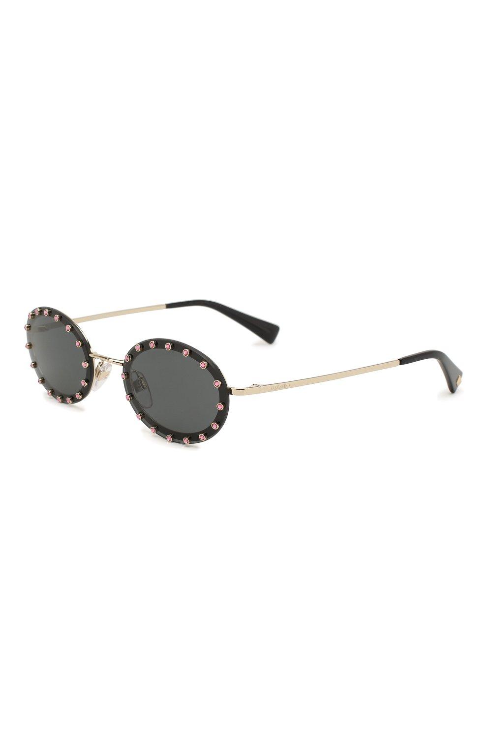 Женские солнцезащитные очки VALENTINO черного цвета, арт. 2027-300387 | Фото 1