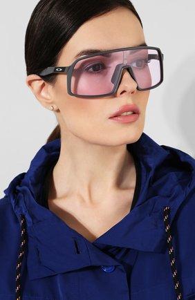 Мужские солнцезащитные очки OAKLEY темно-серого цвета, арт. 9406-940604 | Фото 2