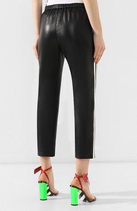 Кожаные брюки DROMe черно-белые   Фото №4