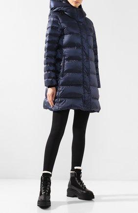 Пуховое пальто Burberry темно-синего цвета | Фото №2