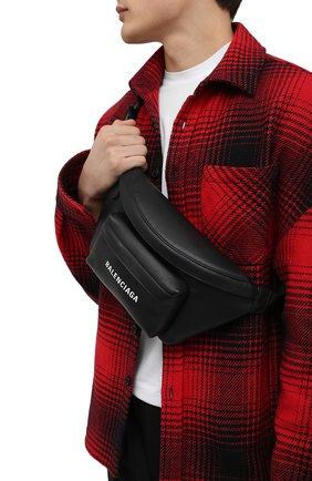 Мужская кожаная поясная сумка everyday BALENCIAGA черного цвета, арт. 552375/DLQ4N | Фото 2