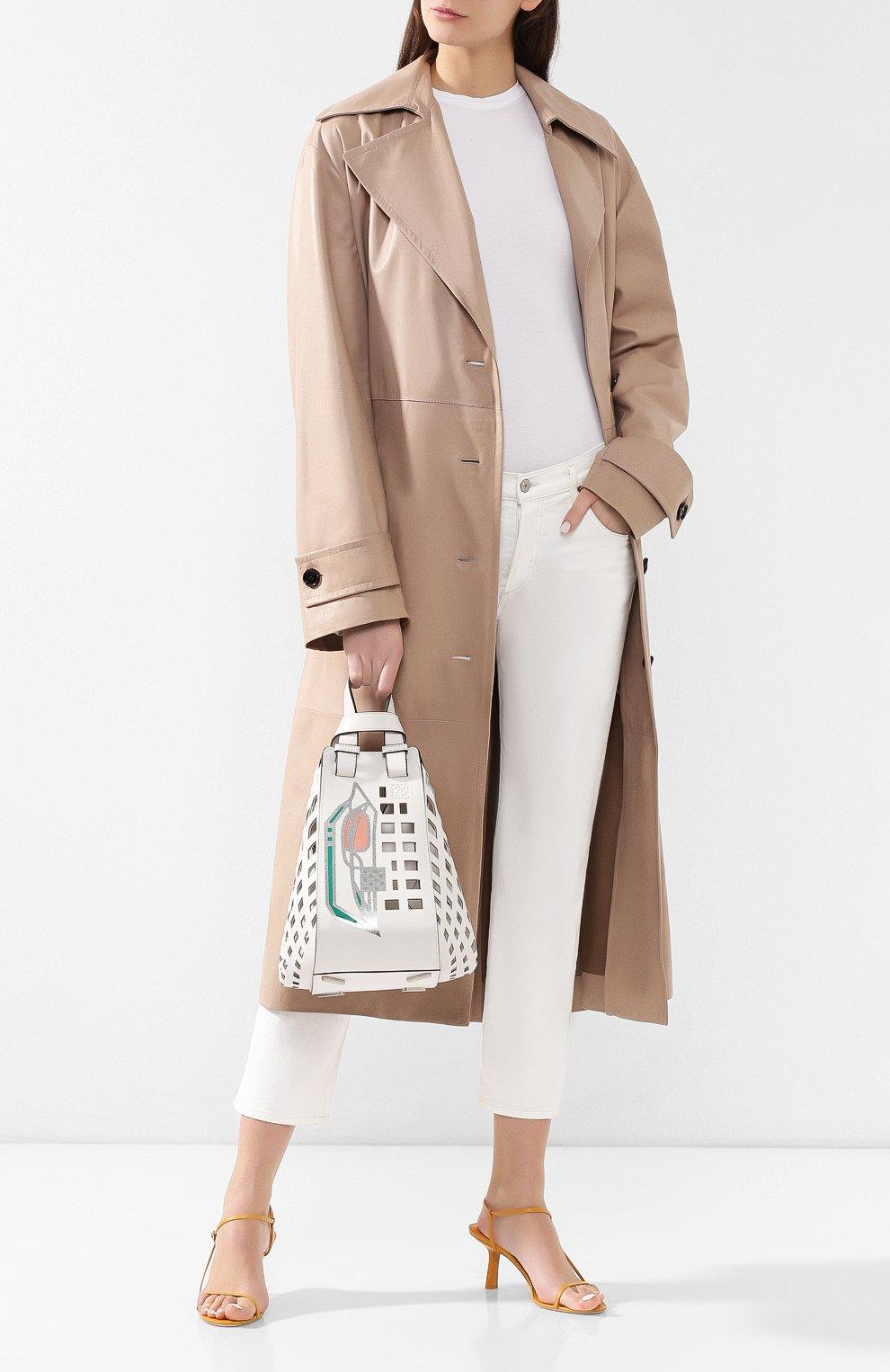Женская сумка hammock medium LOEWE белого цвета, арт. 387.66XT38   Фото 2
