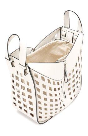 Женская сумка hammock medium LOEWE белого цвета, арт. 387.66XT38   Фото 4
