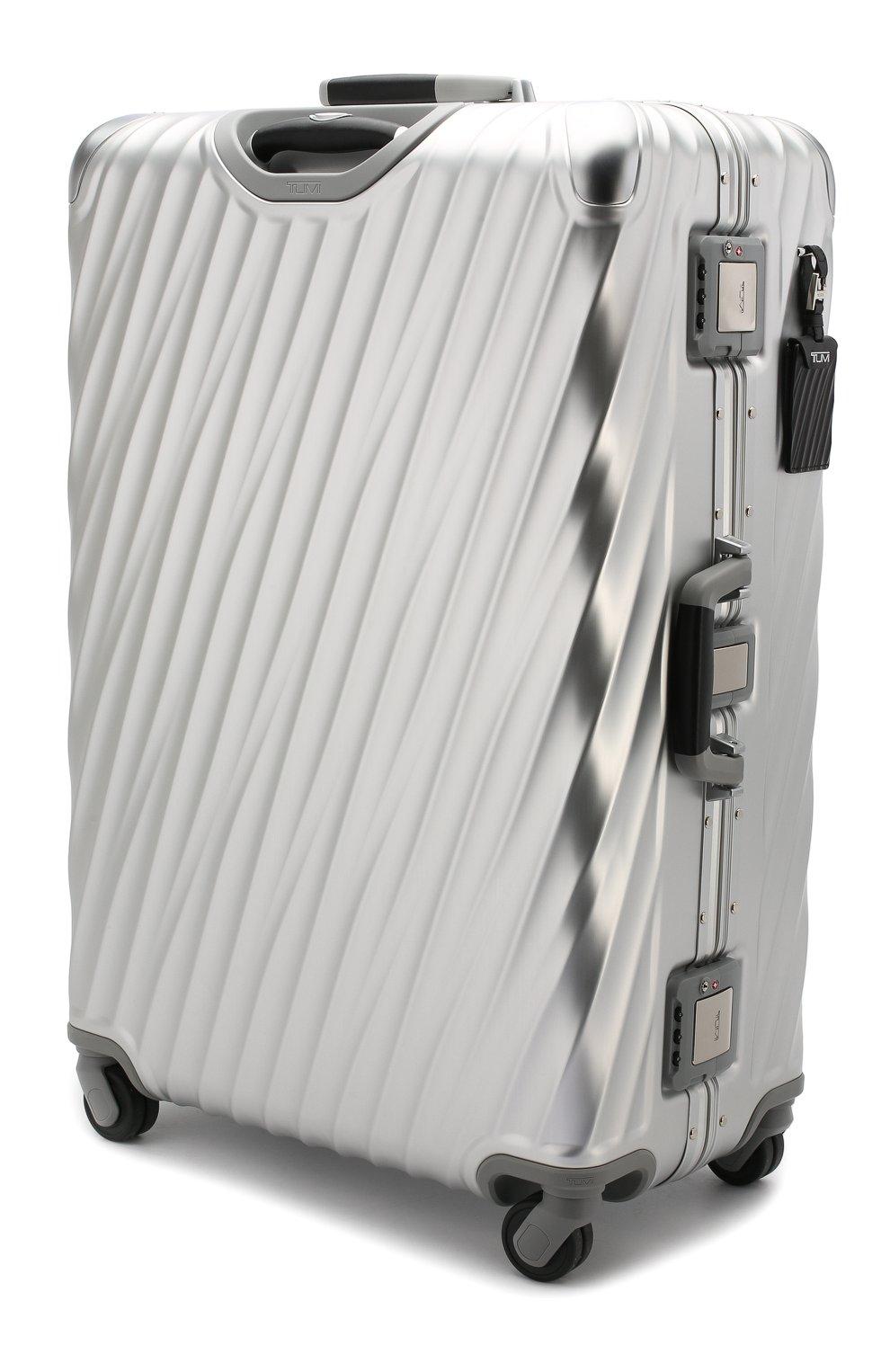 Женский дорожный чемодан 19 degree aluminum TUMI серебряного цвета, арт. 036869SLV2   Фото 2 (Статус проверки: Проверено, Проверена категория; Размер: large; Ограничения доставки: oversized)