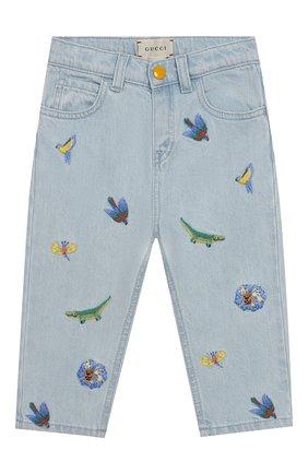 Детские джинсы с вышивкой GUCCI голубого цвета, арт. 551319/XDAGJ | Фото 1