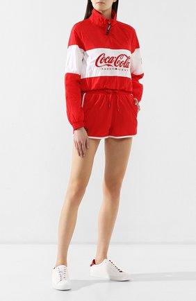 Женские шорты TOMMY HILFIGER красного цвета, арт. DW0DW07025 | Фото 2 (Женское Кросс-КТ: Шорты-спорт; Материал внешний: Синтетический материал; Статус проверки: Проверена категория; Длина Ж (юбки, платья, шорты): Мини; Кросс-КТ: Спорт)