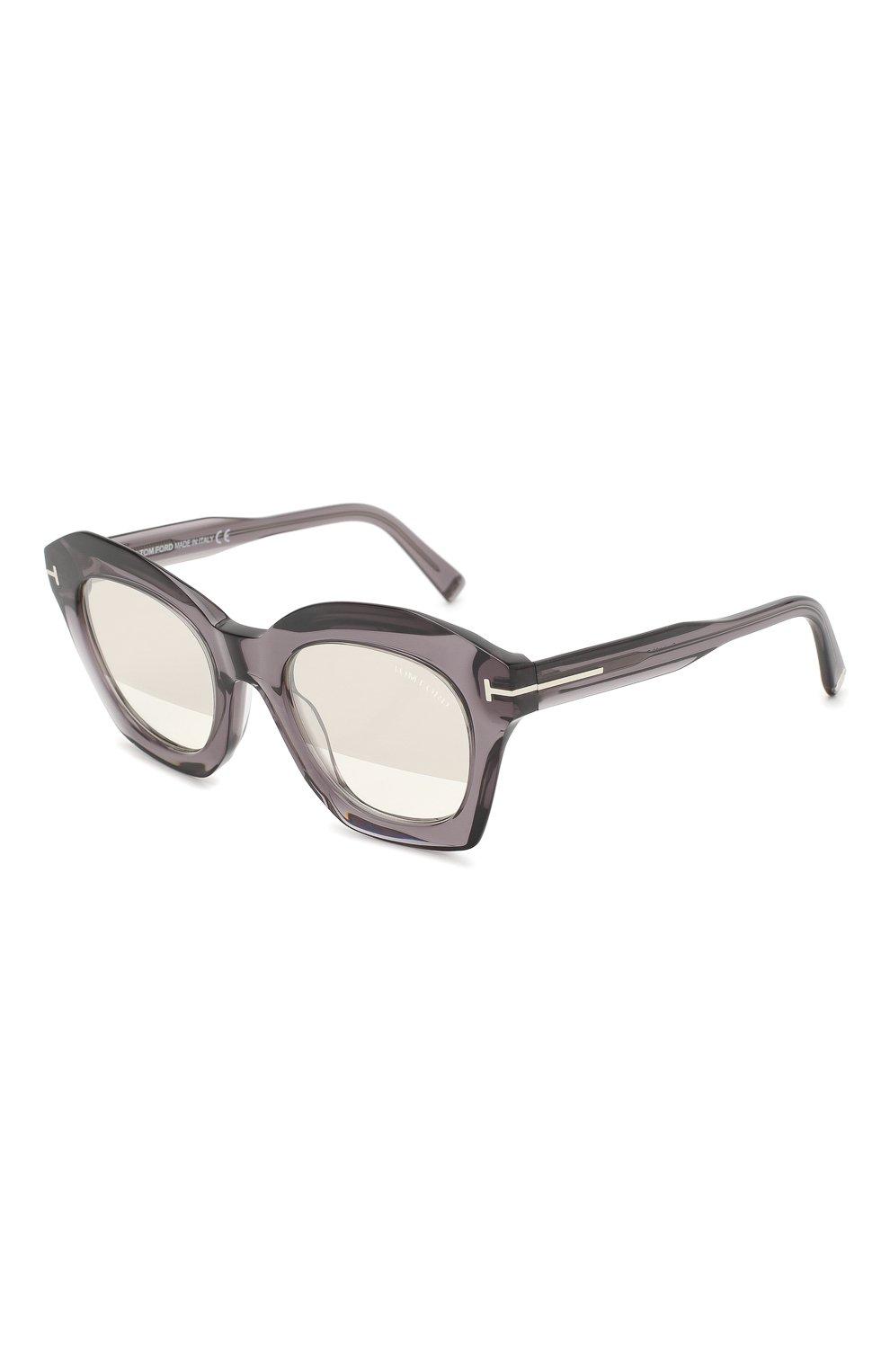 Женские солнцезащитные очки TOM FORD серого цвета, арт. TF689 20C | Фото 1