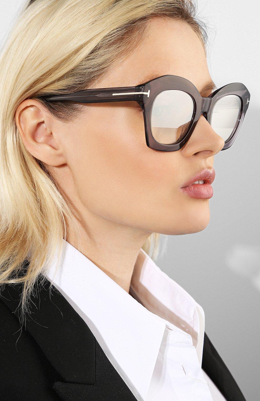 Женские солнцезащитные очки TOM FORD серого цвета, арт. TF689 20C | Фото 2