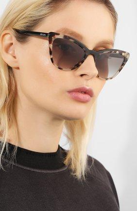 Солнцезащитные очки Prada коричневые | Фото №2