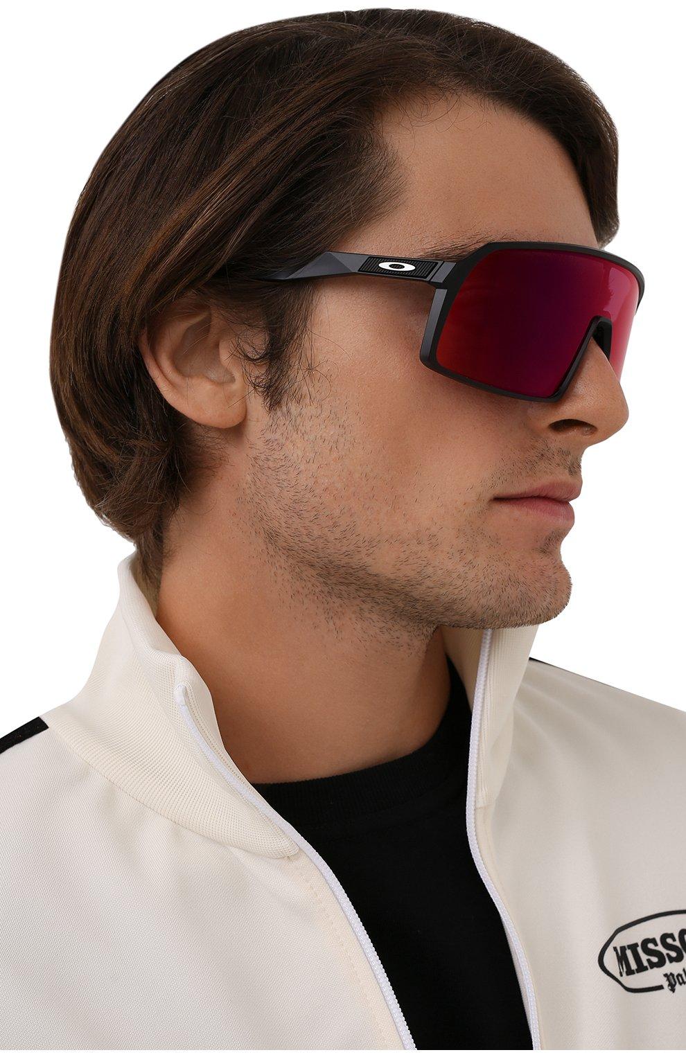 Женские солнцезащитные очки OAKLEY черного цвета, арт. 9406-940608 | Фото 2