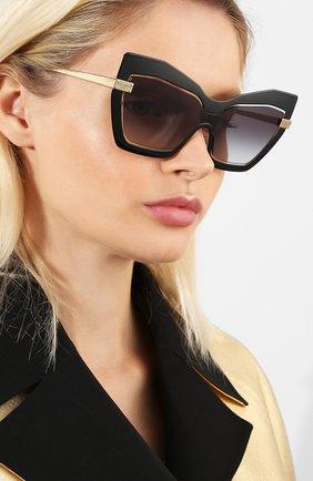 Женские солнцезащитные очки DOLCE & GABBANA черного цвета, арт. 2224-12688G | Фото 2