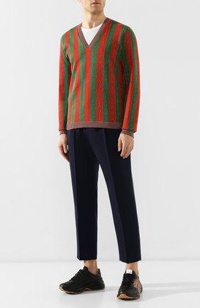 Мужской пуловер из смеси хлопка и шерсти GUCCI разноцветного цвета, арт. 572623/XKAKW | Фото 2
