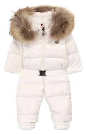 Детский пуховый комбинезон с пинетками MONCLER ENFANT белого цвета, арт. B2-951-14337-25-68950/3-18M | Фото 1