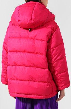 Женский стеганая куртка BALENCIAGA розового цвета, арт. 555346/TYD33   Фото 4 (Кросс-КТ: Куртка, Пуховик; Рукава от горловины: Длинные; Рукава: Длинные; Женское Кросс-КТ: Пуховик-куртка; Длина (верхняя одежда): До середины бедра, Короткие; Материал внешний: Синтетический материал, Полиэстер; Материал подклада: Синтетический материал; Статус проверки: Проверено, Проверена категория)