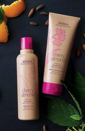 Шампунь для волос Cherry Almond | Фото №2