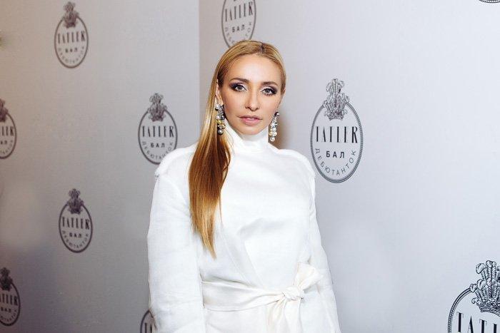 Татьяна Навка в серьгах Chopard