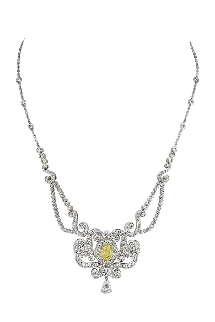 Тиара – трансформер из белого золота, бриллиантов и топаза Primrose, Garrard